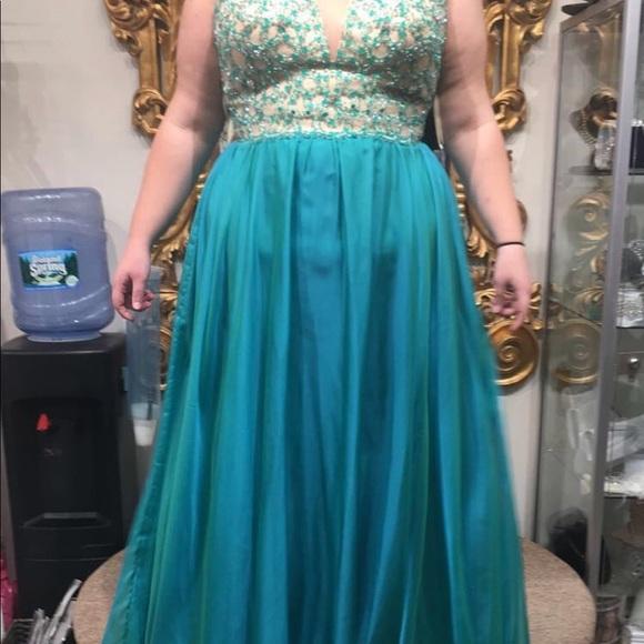 Dresses | Plus Size Prom Dress Size 161820 | Poshmark
